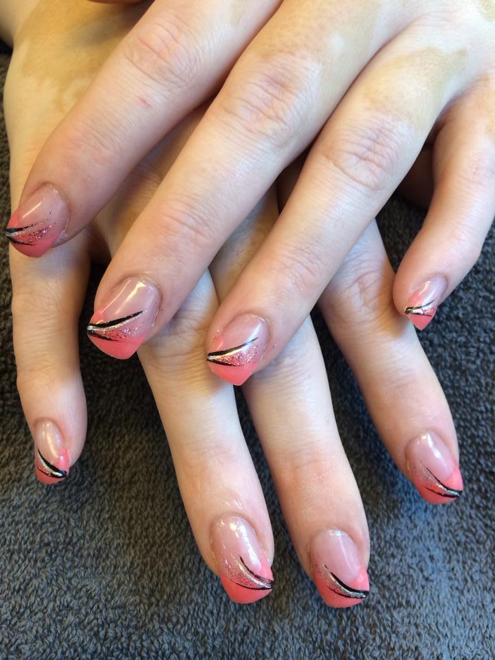 Cnd Acrylnagels met color french manicure en nailart