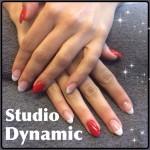 Cnd acrylnagels french manicure met Shellac op ringvinger en duimnagels